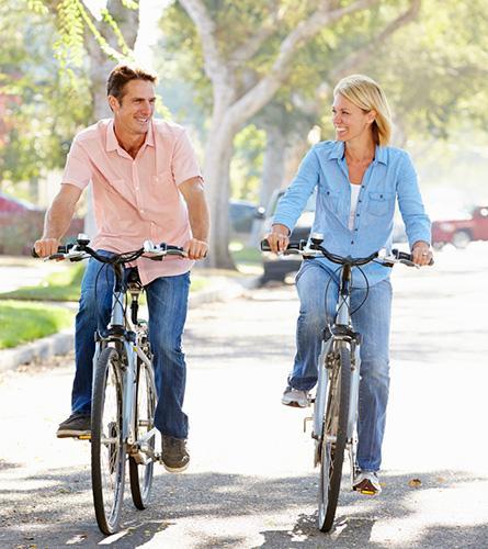 Koppel fietst om migraine te voorkomen